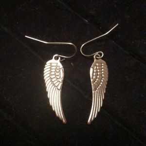 Other - 🔥5$ BLOWOUT 🔥Silver Tone Feather Earrings